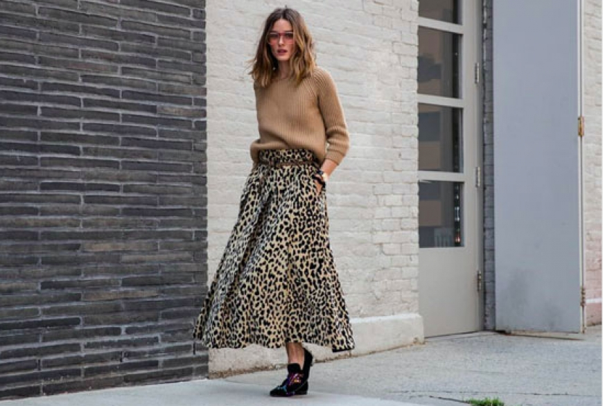 How to wear the leopard skirt like a Parisian Woman