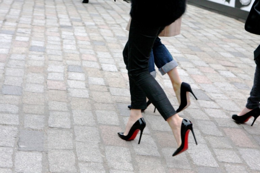 The mystere of parisian stilettos...